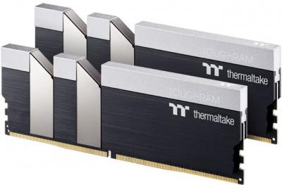 Модуль памяти Thermaltake 16GB DDR4 3600 DIMM TOUGHRAM Black Gaming Memory R017D408GX2-3600C18A Non-ECC, CL18, 1.35V, Heat Shield, XMP 2.0, Kit (2x8GB), RTL (523158)